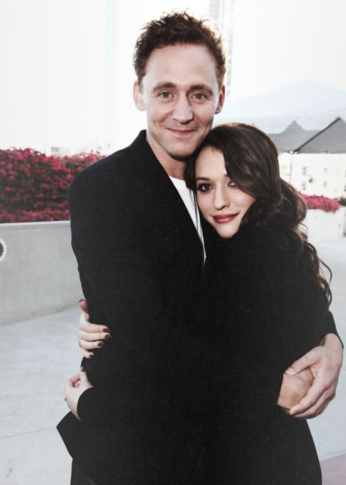 Tom Hiddleston and Kat Dennings! So much prettiness in one picture . . . can't even handle it right now.