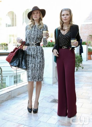 """""""Babes in Toyland""""--LtoR: Sara Foster as Jen and AnnaLynne McCord as Naomi Clark on 90120 on The CW. Photo: Scott Alan Humbert/The CW ©2012 The CW Network. All Rights Reserved."""