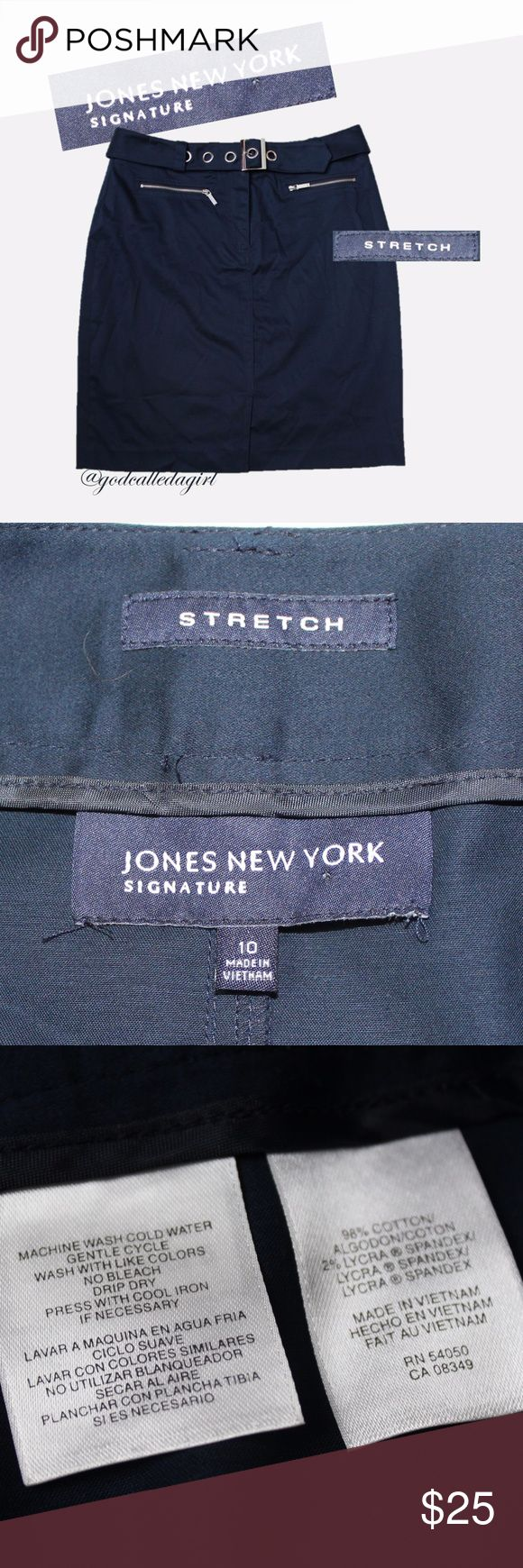 Jones New York Navy Skirt with Belt EUC Jones New York Navy Skirt with Belt.  Sz 10.  Zippered pockets and removable belt. Jones New York Skirts Midi