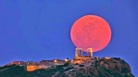 """Αετός των Τζουμέρκων: Ξέρεις γιατί θα """"ματώσει"""" απόψε το φεγγάρι"""