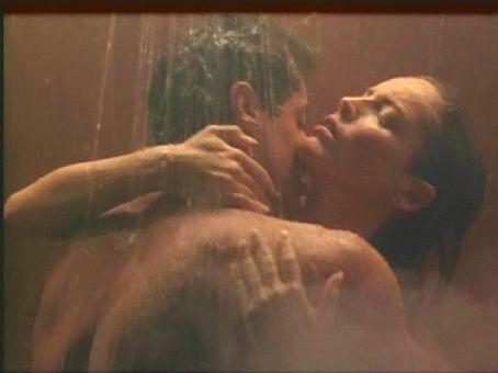 Sharon Stone and Sylvester Stallone - Sylvester Stallone and Sharon Stone in The Specialist.