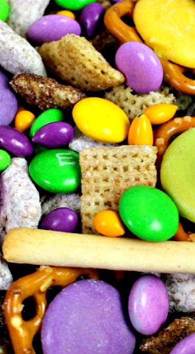 Mardi Gras Snack Mix