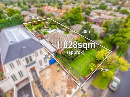 7 Barcelona Street Box Hill Vic 3128 3 BR, 1000 sq meter land Sold for $1.22 million
