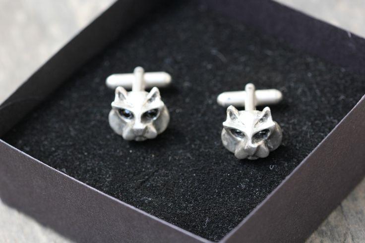 Silver handmade cat cufflinks.