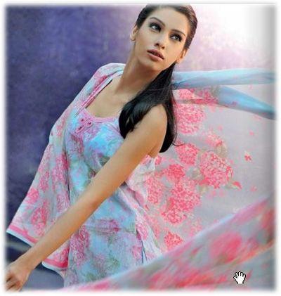 Pakistani Fashion, Pakistani dress, bridal couture week #latestpakistanidresses http://www.fashioncentral.pk/tags/pakistani-dresses/#.UnOZr1NpRv4