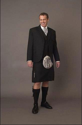 Black dress kilt quinn