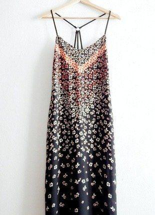 #new look #sukienka Kup mój przedmiot na #vintedpl http://www.vinted.pl/damska-odziez/letnie-sukienki/19139488-sukienka-w-kwiaty-na-ramiaczkach-new-look-38s