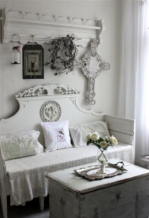 1000 Ideas About Shabby Chic Headboard On Pinterest