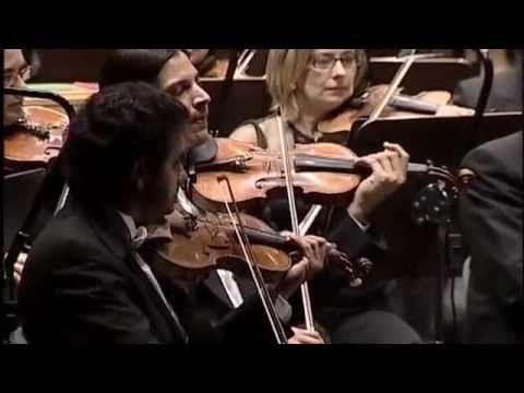 "John Williams' music ""Flight to Neverland"" from the film ""Hook"".  5 mins 29 secs"