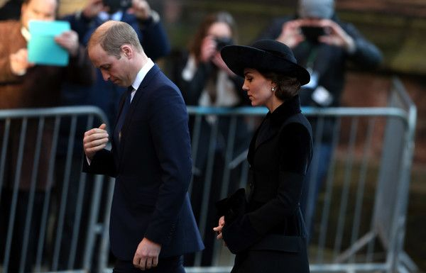 Kate Middleton Photos Photos - Prince William, Duke of Cambridge and his wife Catherine, Duchess of Cambridge arrive for the memorial service of The Duke of Westminster at Chester Cathedral on November 28, 2016 in Chester, England.. The Duke is survived by his wife, the Duchess of Westminster, Natalia Grosvenor, daughters Lady Tamara van Cutsem, Lady Edwina Grosvenor and Lady Viola Grosvenor and his 25-year-old son and heir Hugh Grosvenor. - Duke Of Westminster - Memorial Service