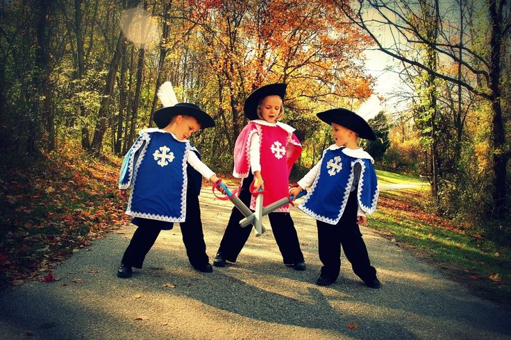 3 Musketeers Costumes | Sewing With Mom 3 Musketeers Costumes | Sewing, Crafting, and Cooking