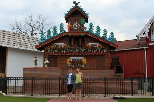 The World's Largest Cuckoo Clock in Sugarcreek, Ohio - I've been to Sugarcreek before, but never saw this.  Must be new since I was there in the early 90's.