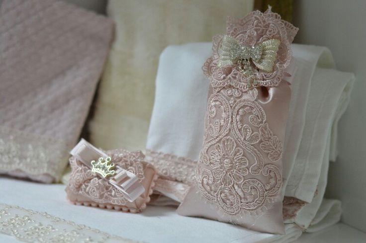 Dantelli havlu  lavanta kesesi ve sabun  takım veya tekli iletisim için  www.gelinbuketleri.com  02122640375