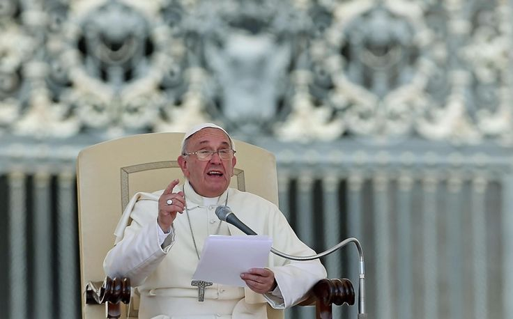 War, greed, consumerism, 'cult of appearance' harm families, pope says | National Catholic Reporter