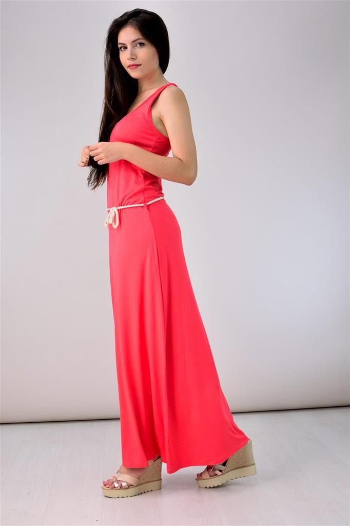 Potre – Μακρύ φόρεμα με αθλητική πλάτη