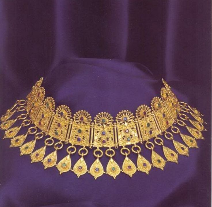 Ancient Greek Jewelry, Pontika (Ukraina) 300 BC.