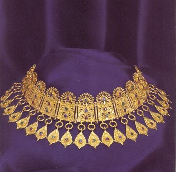 Ancient Greek jewelry, Pontika (Ukraina) 300 BC