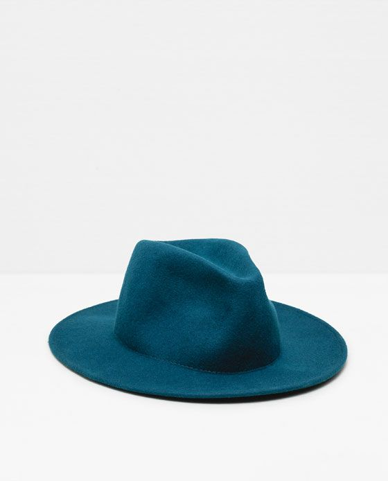 FELT HAT WITH WIDE BRIM WITHOUT RIBBON