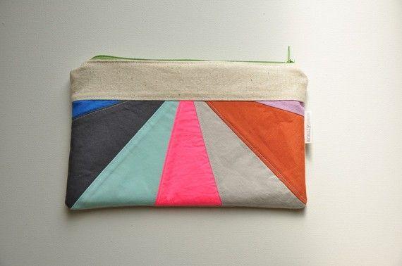 Colorful clutch: Random Colors, Colors Combos, Horizon Zippers, Coins Purse, Colors Horizon, Awesome Handbags, Zippers Clutches, Colors Awesome, Colors Clutches