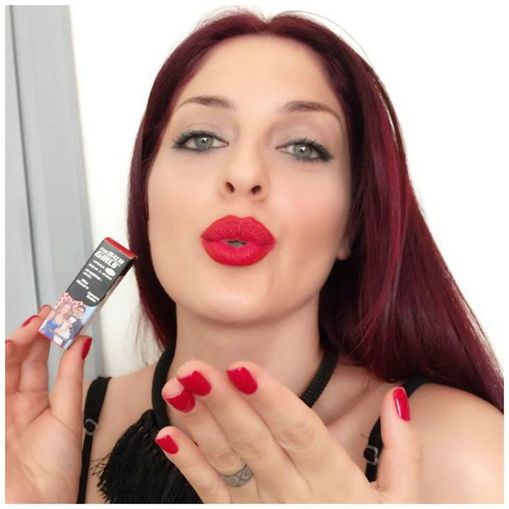 Many kisses from theBalm #MiaMoore emoticon heart emoticon heart Ioanna Lampropoulou Make me up cosmetics Beautytestbox #beautytestbox #beautytestboxeshop #redlips #thebalm #redlipstick #thebalmgirls #lipstick #greekgirl #greekeshop #shopnow #love #red