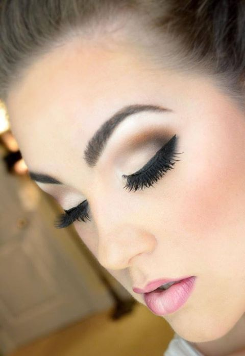 Love this makeup for a wedding