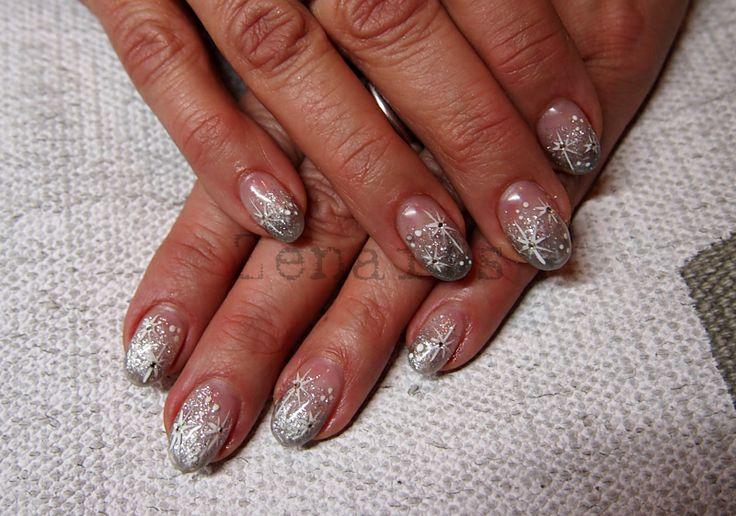 LCN gel nails with hand painted winter theme | Kynsistudio Zenails