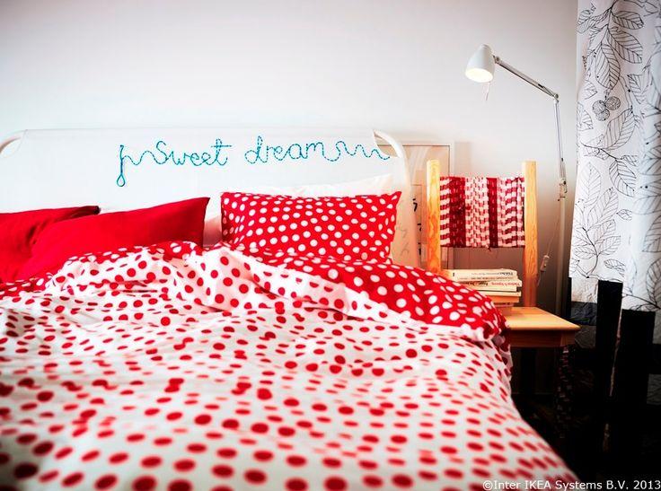 Creativitatea are loc în orice spațiu. Îmbracă tăblia de pat DUKEN în metrajele favorite pentru o atmosferă optimistă și relaxantă.  www.IKEA.ro