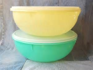 Search Vintage tupperware fix and mix bowl. Views 15576.