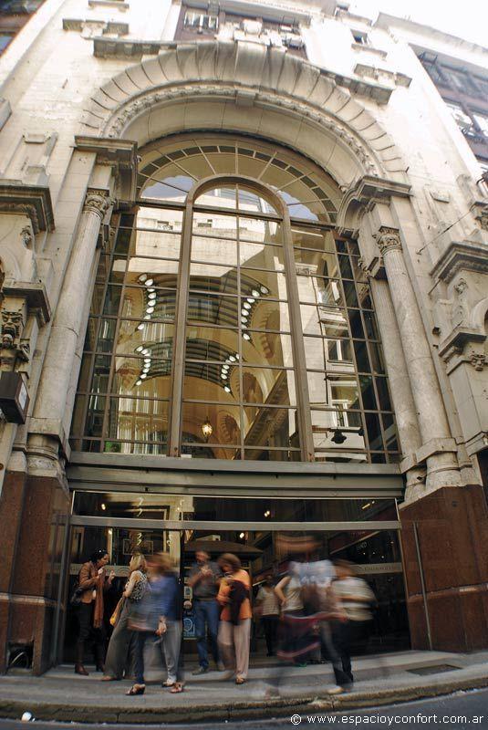 GALERÍA GÜEMES - CABA. Concordante con las galerías de fin del siglo XIX y principios del XX, la Galería Güemes fue pensada por Francesco Gianotti al estilo de los grandes espacios europeos./><meta property=