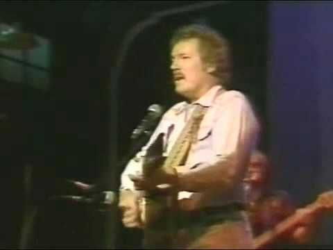 Gordon Lightfoot - The Wreck of the Edmund Fitzgerald ('79)