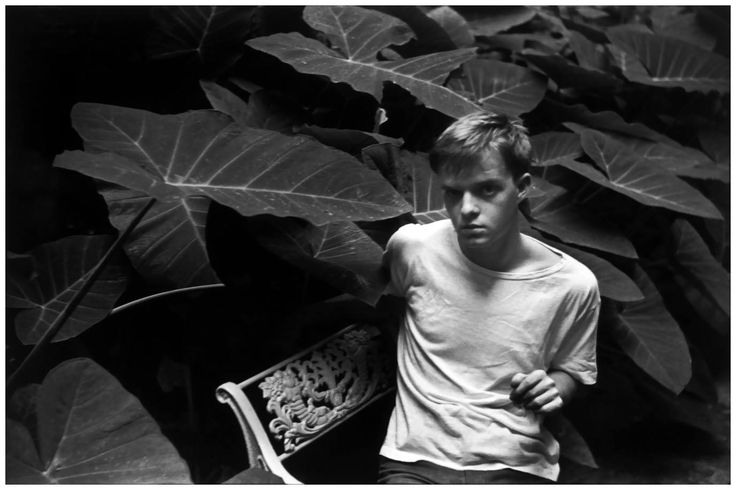 Truman Capote by Henri Cartier-Bresson, 1947 1 377×917 пикс