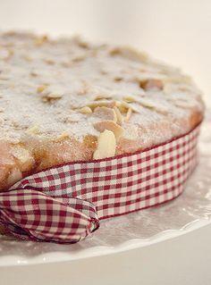 torta di mele con latte condensato