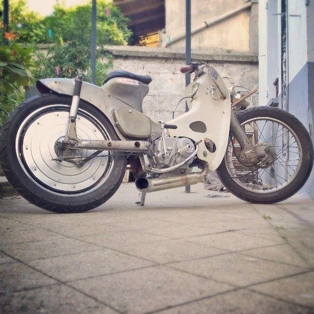 UGLYWHEELS / Honda Cub Streetcub