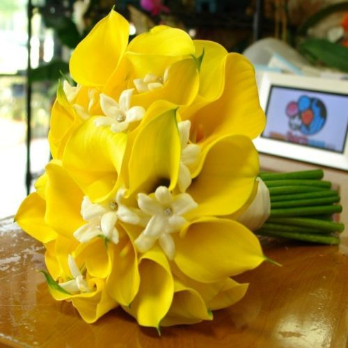 176 best Yellow Wedding Flowers images on Pinterest Yellow