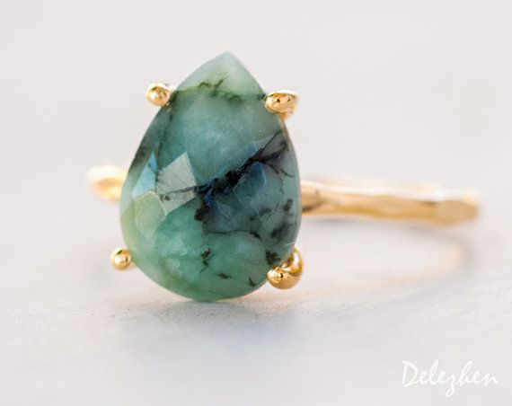 Green Raw Emerald is best represented in a simple gold prong setting. A perfect addition to your spring and summer wardrobe!