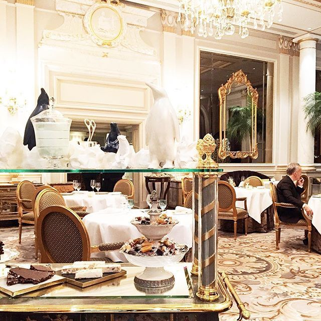 Every Tuesday should include a lunch meeting at the beautiful @fsparis, with food prepared by @christianlesquer, and ending with this incredible dessert cart