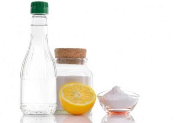 white-vinegar-is-rich-in-antiseptics-and-anti-fungal-properties