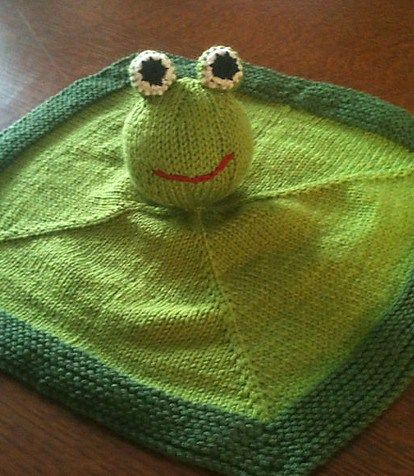 Free knitting pattern for Frog Blanket Buddy - Kerstin Seidenath's cuddly blankie has been adapted by knitters as a duckling, hippo, caterpillar and more. Also known as blanket buddy, lovey, lovie, comfort blanket, blanket toy, blankie, security blanket, woobie, cuddle.