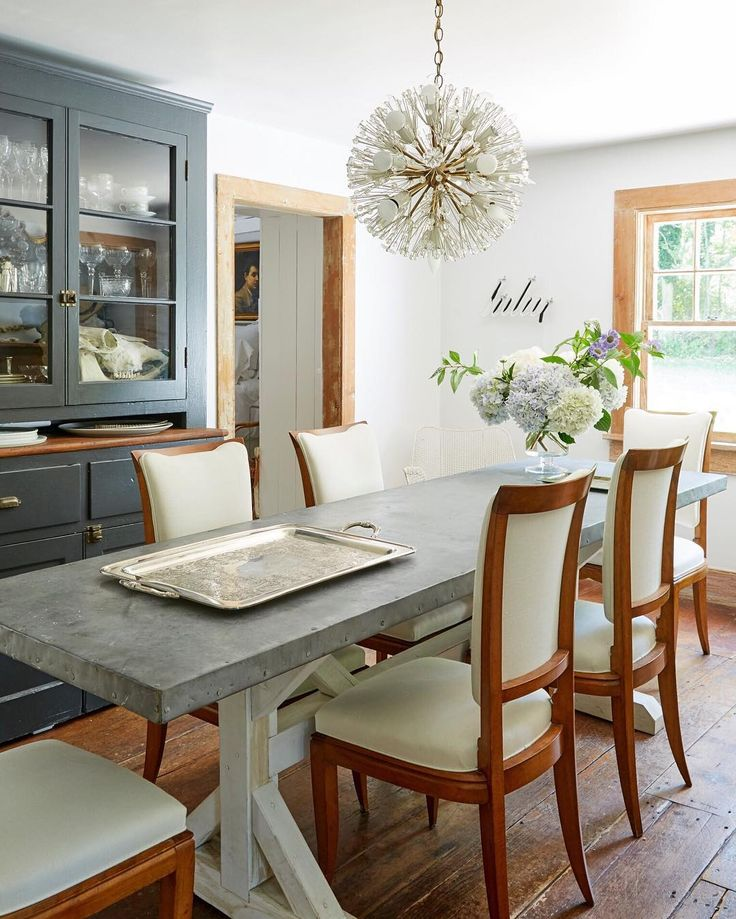 Love The Playful Meets Modern Take On Traditional Dining Room In This Historical Island BeachLong