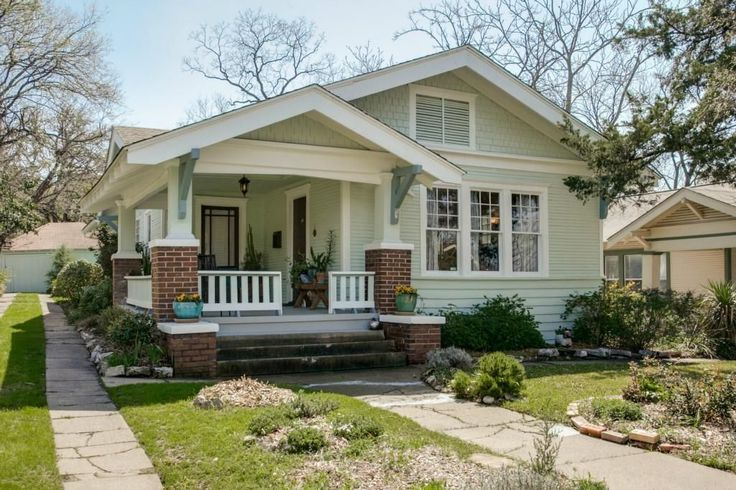 448 best cottages and bungalows images on pinterest for Craftsman style homes dfw