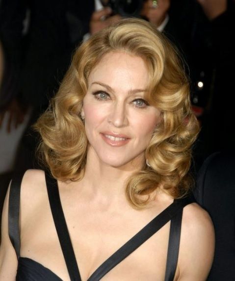 weird hair styles madonna s side swept big curls awards evening formal 2095 | 23ebdacaba80b4a6d2095d07baa696ba
