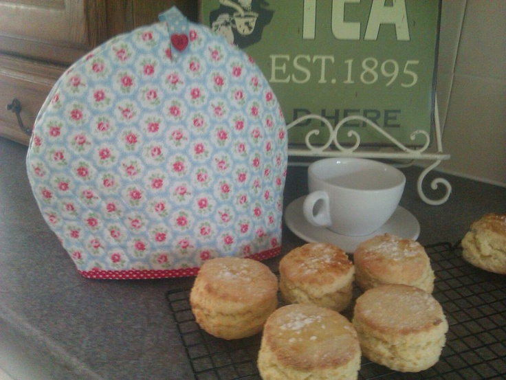 Cath Kidston quilted tea cosy