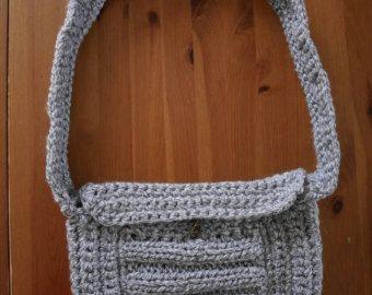 Ultimate elegant grey shoulder bag by GomitolieDintorni on Etsy