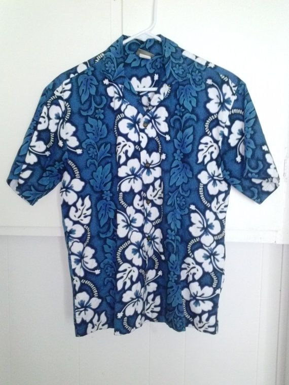 Tiki it to me! Tiki-style 1960s men's cotton Hawaiian shirt in a variety of blue hues w8TJtQF
