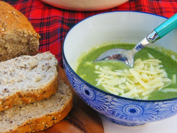 Tinned Tomatoes: Cheesey Broccoli and Spinach Soup