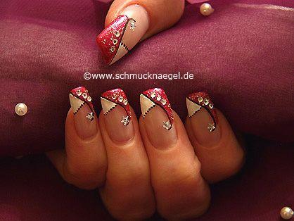 Nail art motivo 349 - Purpurina para uñas en plata y piedra strass de estrella - http://www.schmucknaegel.de/
