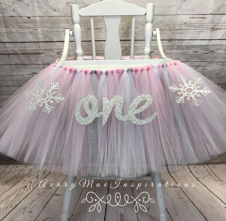 High Chair Tutu, Winter Onederland High Chair Banner, Highchair Tutu, Highchair Banner, Winter First Birthday High Chair Smash Cake by AvaryMaeInspirations on Etsy