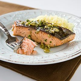 Video: Great instructions for grilling Salmon Fillets. Also good for Grouper, Chilean Sea Bass, Red Snapper, and Halibut | America's Test Kitchen