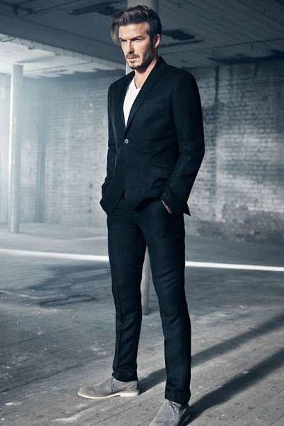 Ladies aufgepasst, es gibt bald wieder David Beckham (39) in einer neuen H&M-Kampagne zu bewundern! Kleiner Wermutstropfen: Davids knackiges Sixpack bleibt dieses Mal leider eingepackt...