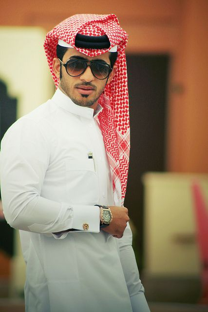 The Thobe. The traditional clothing worn by Gulf Arabic men in the UAE, Oman, Qatar, Bahrain, Kuwait and Saudi Arabia